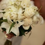 white casablanca lillies & roses