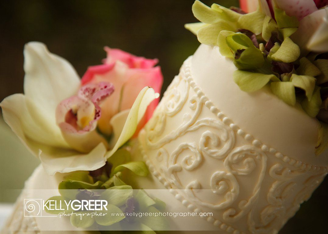 Rovira Wedding Cake Flowers