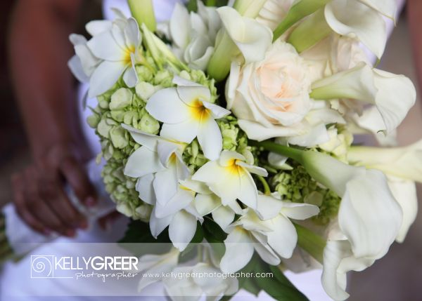 Williams: Bridal Bouquet {White Roses, Frangipani, Cala Lilies, Hydrangea}